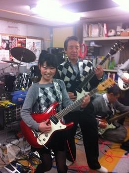 サナギター.jpg